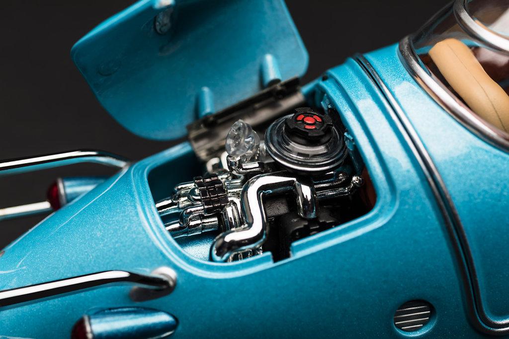 close-up-Fusion-Flea-engine-3525x2350px.jpg