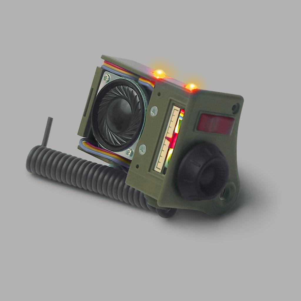 radio-with-lights-on-grey-BG-1500x1500px.jpg