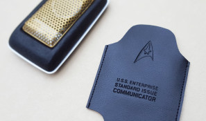 Communicator-and-flat-pouch
