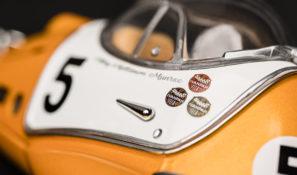 Close-up-Racing-Flea-door-handle-3525x2350px